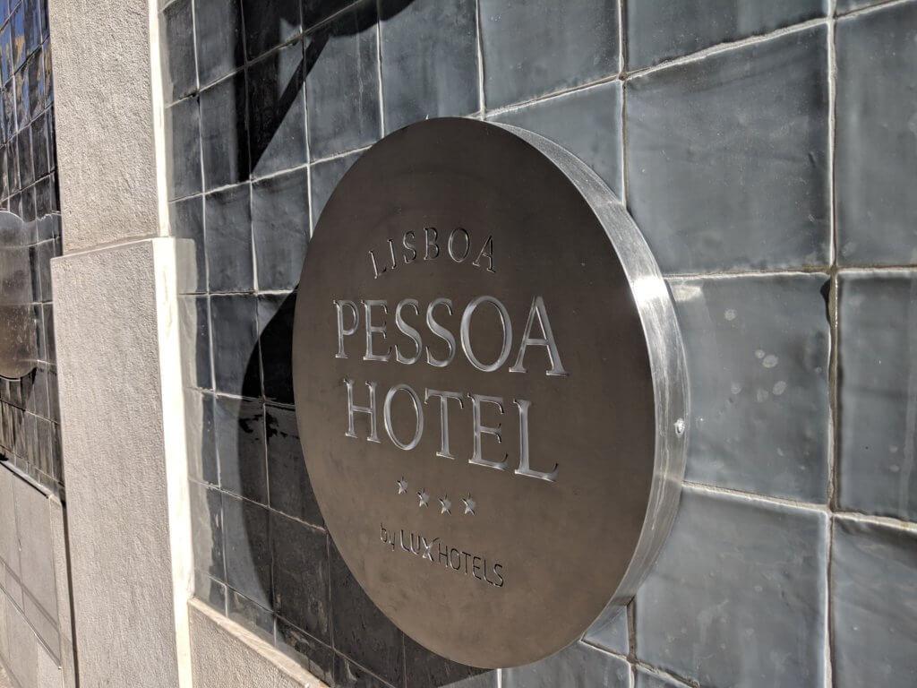 Lisboa Pessoa Hotelの看板